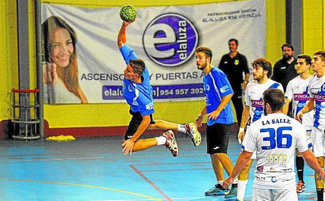 Elaluza Balonmano Montequinto recibe a Lanzarote con los play-off muy muy cerca